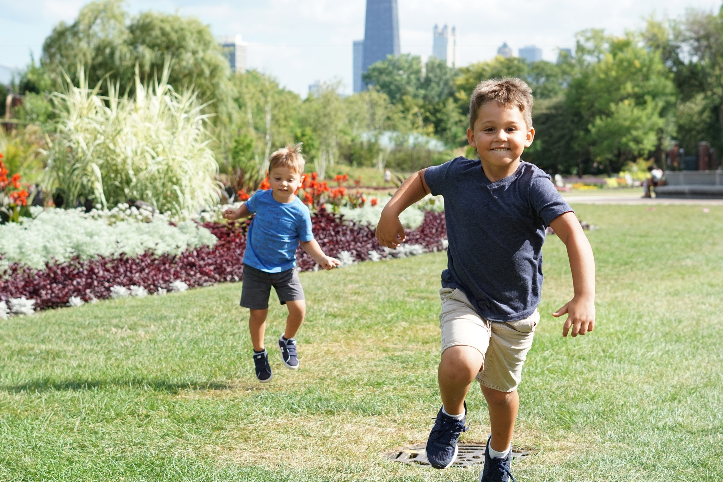 How To Be a Good Digital Citizen Outdoors This Summer